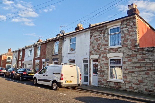 Thumbnail Property to rent in Croft Road, Portsmouth