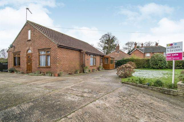 Thumbnail Bungalow for sale in South Walsham Road, Acle, Norwich
