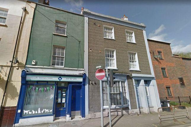Thumbnail Flat to rent in Merchants Road, Hotwells, Bristol