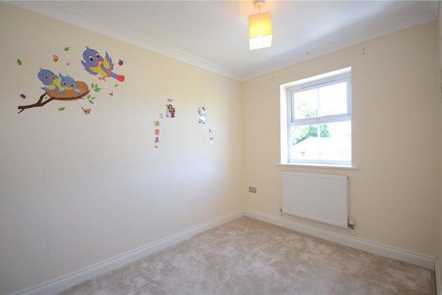 Bed 2 of Ladbroke Close, Woodley, Reading RG5