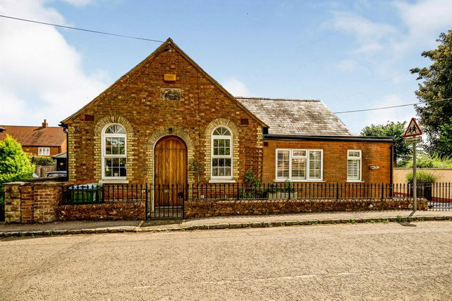 3 bed detached bungalow for sale in Bowling Alley, Oving, Aylesbury HP22