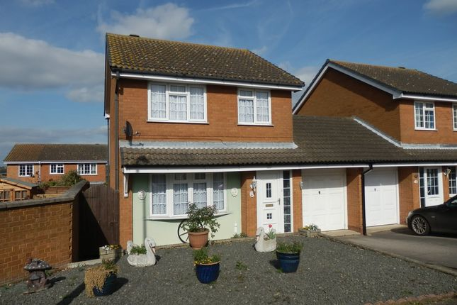 Thumbnail Detached house for sale in Gainsborough Drive, Manningtree