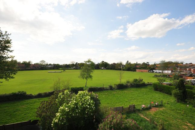 Thumbnail Flat for sale in Skelton Road, Diss