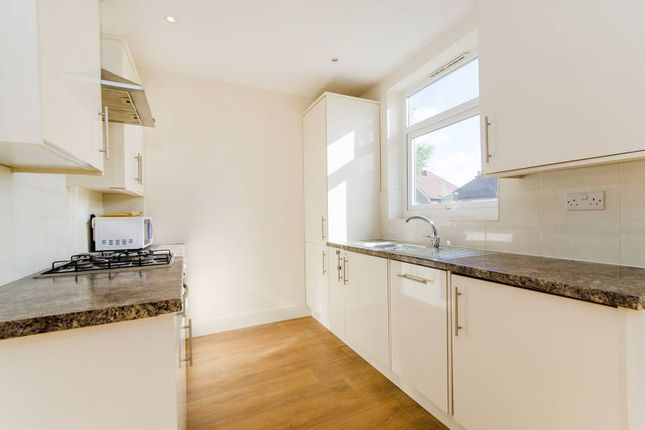 Thumbnail Maisonette to rent in Radnor Road, Harrow