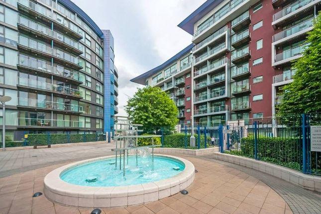 Thumbnail Flat to rent in Howard Building, Queenstown Road, Chelsea Bridge Wharf, Chelsea