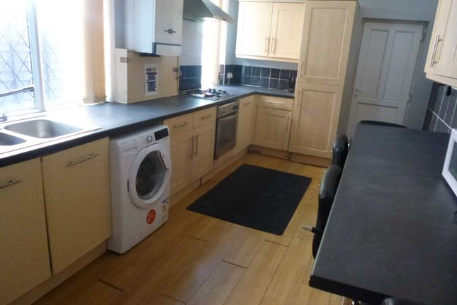 Thumbnail Terraced house to rent in Richmond Road, Fallowfield, Manchester