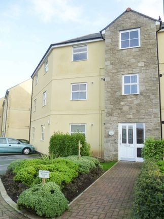 Flat to rent in Madison Close, Hayle