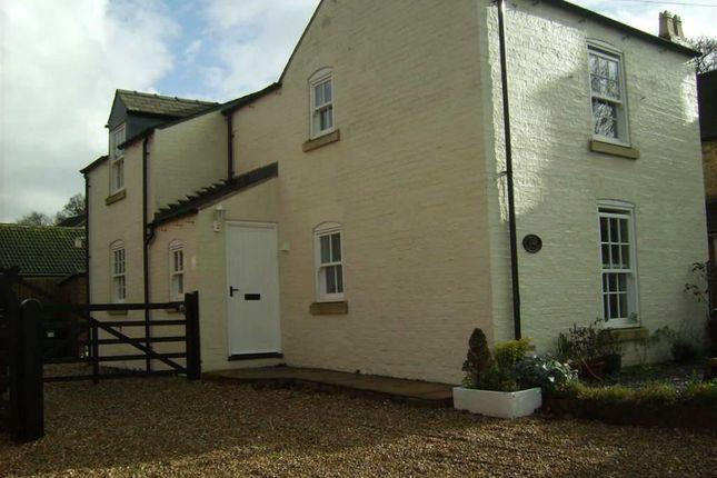 Thumbnail Cottage to rent in Torrington Lane, East Barkwith, Market Rasen