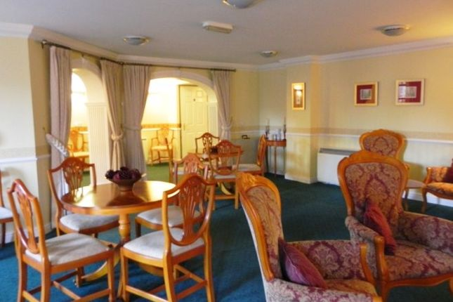 Residents Lounge [Property Images]