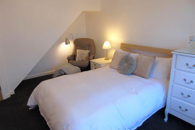 Bed1B of Eton Drive, Aintree Village, Liverpool L10