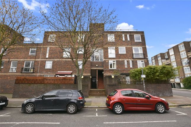 Thumbnail Flat for sale in Mansford Street, London