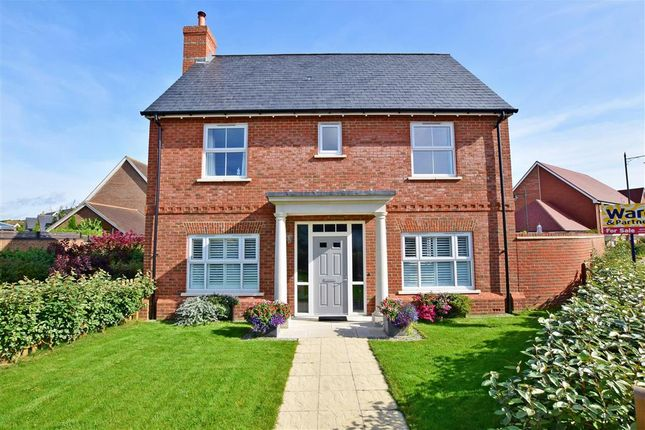 Thumbnail Detached house for sale in Holly Way, West Malling, Kent