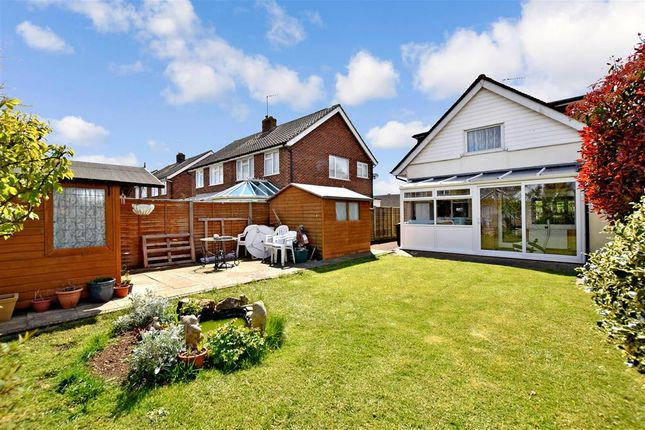 Thumbnail Detached house for sale in Oakcroft Gardens, Littlehampton, West Sussex