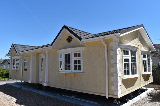 Thumbnail Mobile/park home for sale in Grosvenor Park, Boroughbridge Road, Ripon