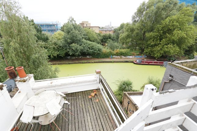 Thumbnail Duplex to rent in Hormead Road, London