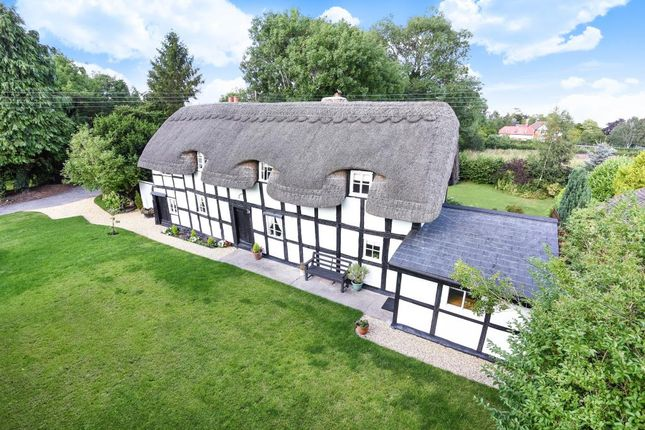 Thumbnail Cottage for sale in Eardisland, Herefordshire