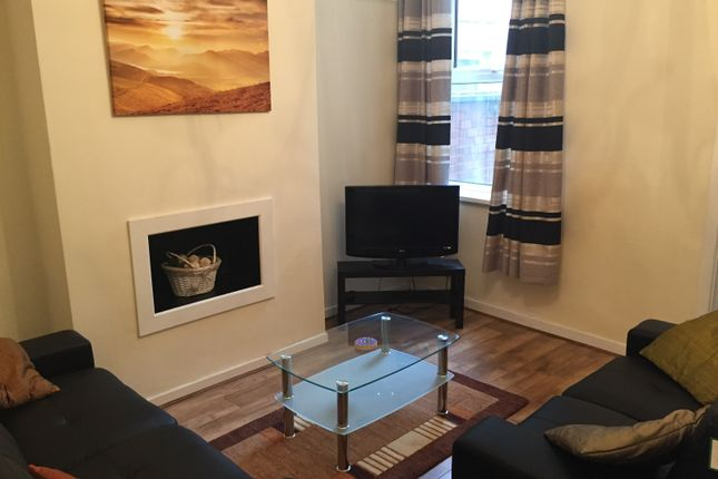 Terraced house to rent in Jubilee Drive, Liverpool, Merseyside