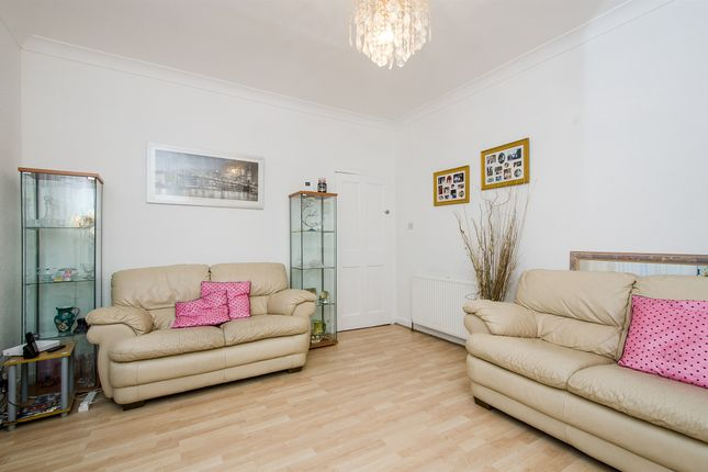 Thumbnail Flat for sale in Ruel Street, Cathcart, Glasgow