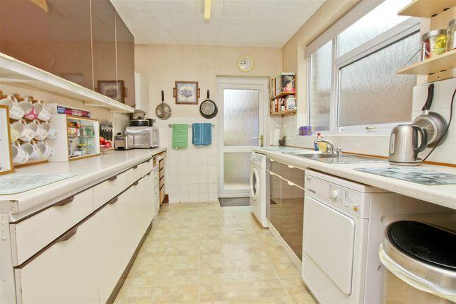 28Greystoke - Kitchen