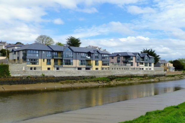Thumbnail Flat to rent in Egloshayle Road, Wadebridge