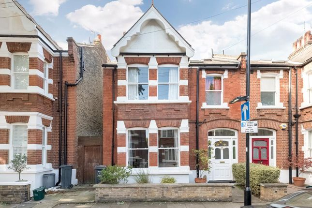 4 bed semi-detached house for sale in Cleveland Avenue, London