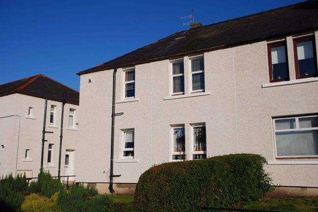 2 bed flat to rent in Wallace Street, Greenock PA16