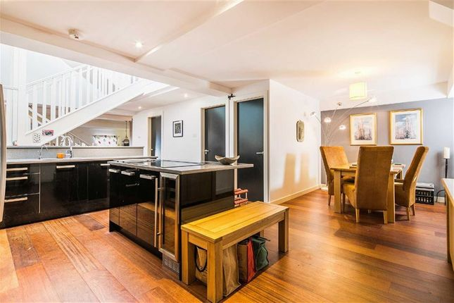 Thumbnail Flat for sale in 2d, Cavendish Street, City Centre