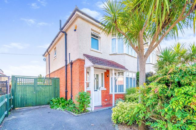 Thumbnail Semi-detached house for sale in Upper Shaftesbury Avenue, Highfield, Southampton