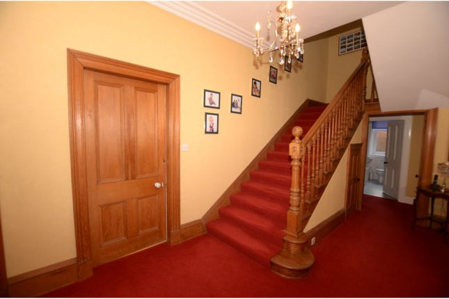 Hallway of Middle Terrace, Kingussie PH21
