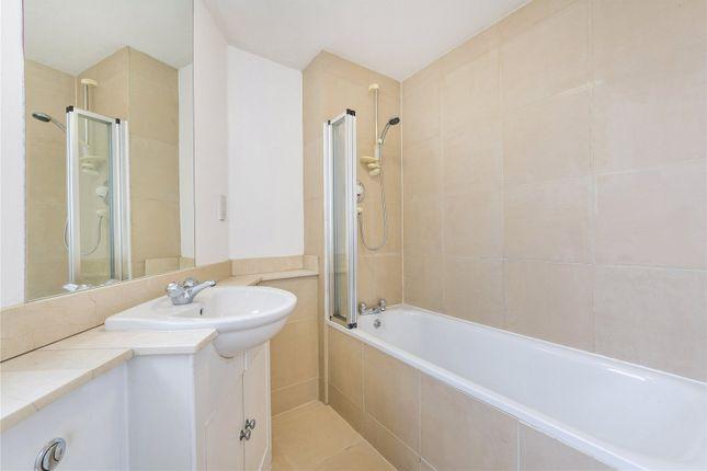 Bathroom of Lady Margaret Road, Kentish Town, London N19