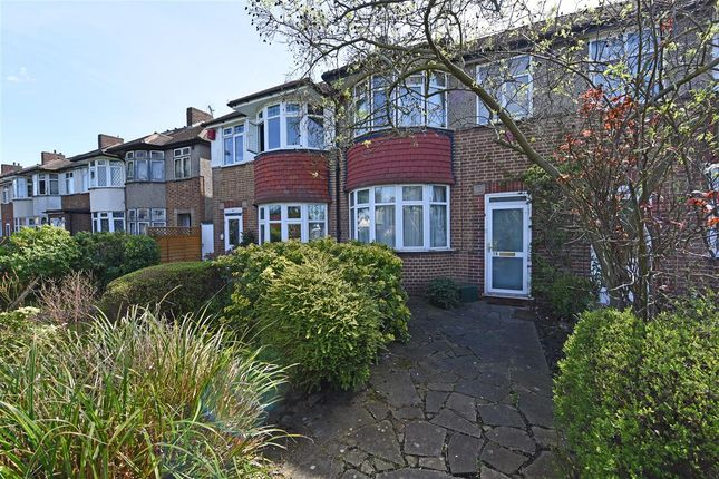 Thumbnail Terraced house to rent in Bushey Road, London