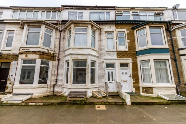 Thumbnail Flat for sale in Windsor Avenue, Blackpool, Lancashire