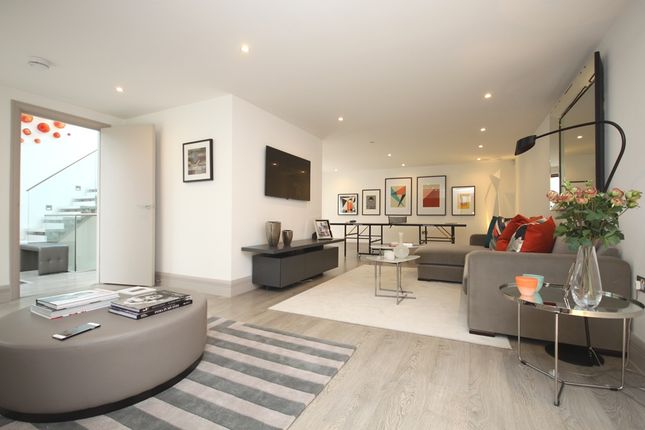 Thumbnail Terraced house to rent in Whittlebury Mews East, Primrose Hill