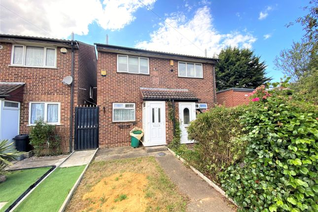 Thumbnail Semi-detached house to rent in Westlands Close, Hayes