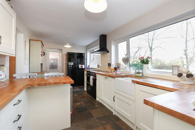 Kitchen of Moorland View Road, Walton, Chesterfield S40