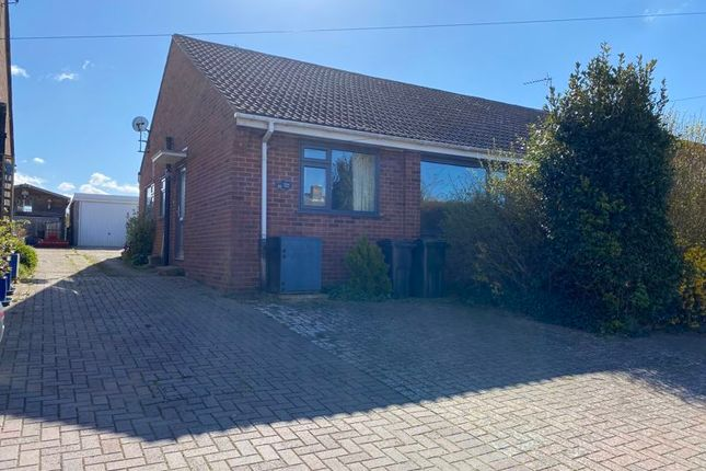 3 bed semi-detached bungalow to rent in Willow Drive, Hamstreet, Ashford TN26