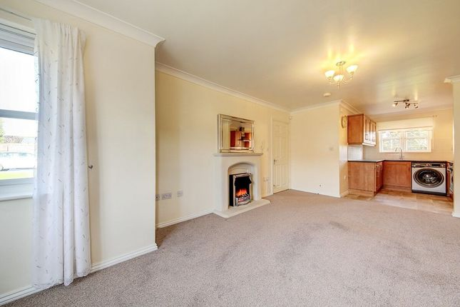 Thumbnail Flat to rent in Tree Top Mews, Wallsend