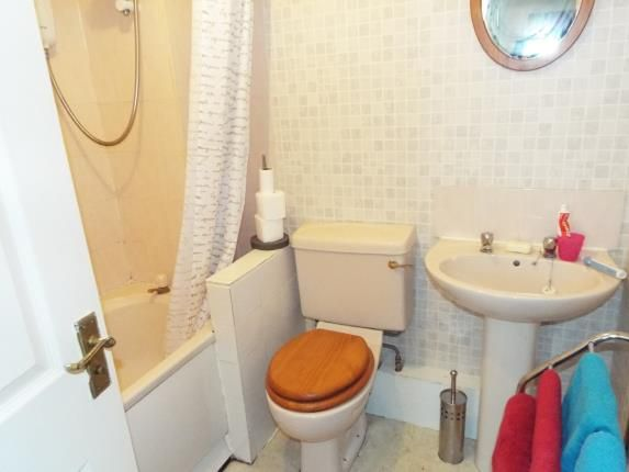Bathroom of 2 Old School Drive, Manchester, Greater Manchester M9