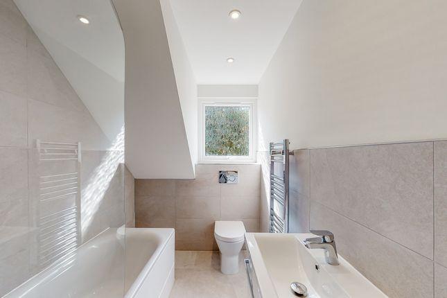 Main Bathroom of West End Cottages, Ripley GU23