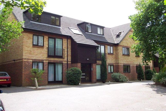 Flat to rent in Greys Road, Henley On Thames