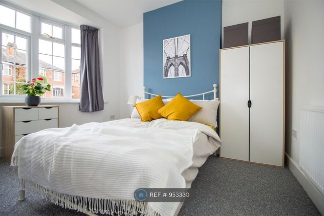 Thumbnail Semi-detached house to rent in Queens Road, Leicester