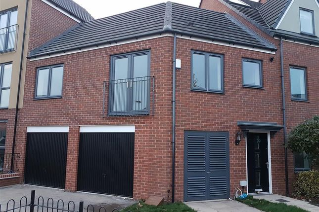 Thumbnail Flat to rent in Leopard Lane, West Bromwich