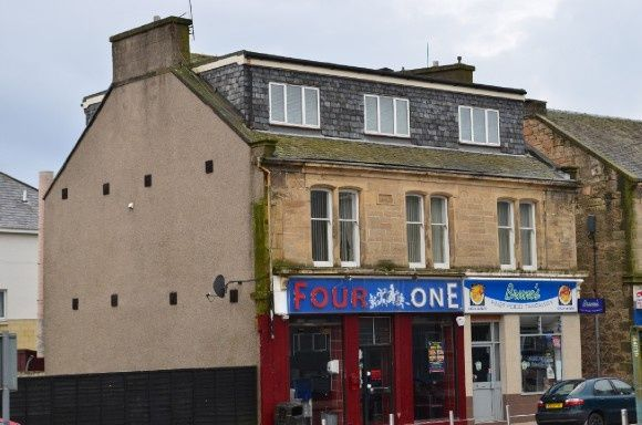 Thumbnail Flat to rent in Main Street, Stenhousemuir, Larbert