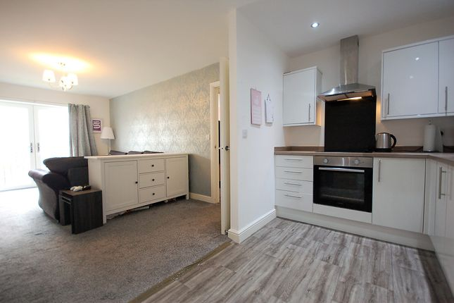 Thumbnail Flat for sale in Langdale Gardens, Blackpool