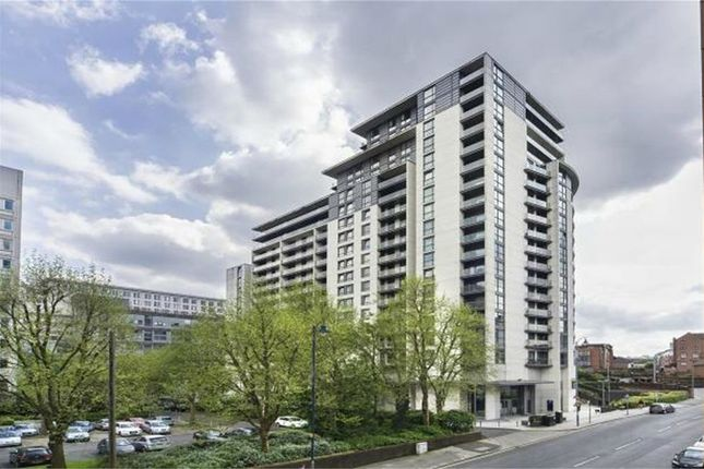 Thumbnail Flat for sale in Centenary Plaza, 18 Holliday Street, Birmingham, West Midlands