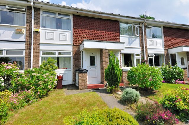 Thumbnail Mews house to rent in Elgol Close, Davenport, Stockport, Cheshire