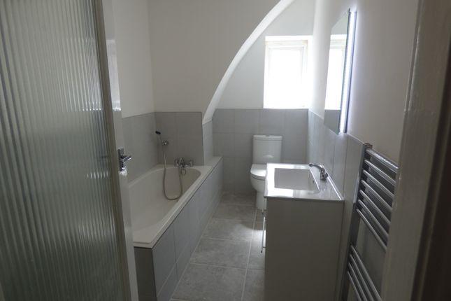 Bathroom of 42-44 North Promenade, Lytham St Annes FY8