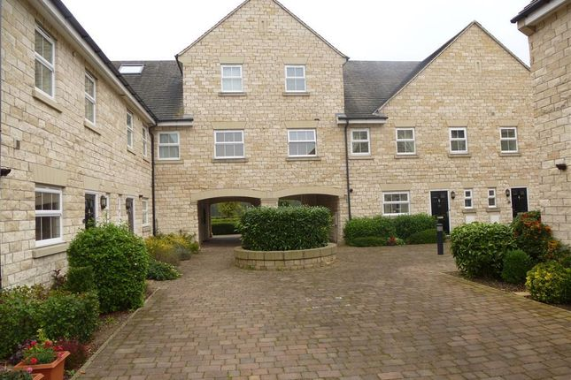 Thumbnail Town house to rent in Lakeside Approach, Barkston Ash, Tadcaster