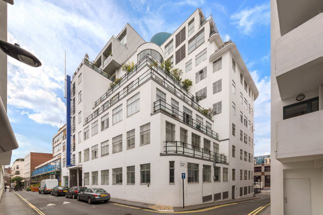 Thumbnail Property for sale in Ziggurat Building, 60-66 Saffron Hill, London