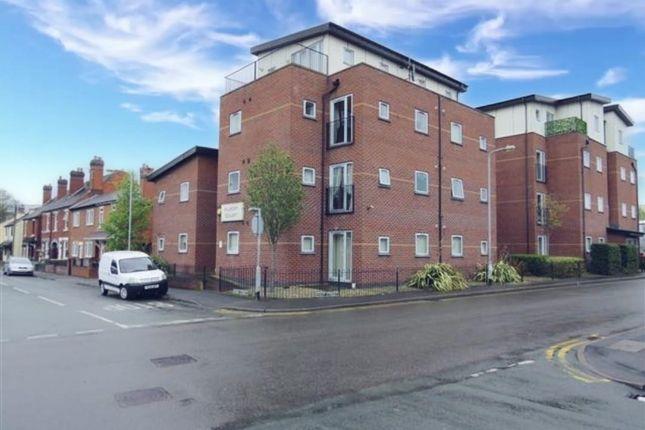 2 bed flat to rent in Albert Court, Bridgtown, Cannock WS11
